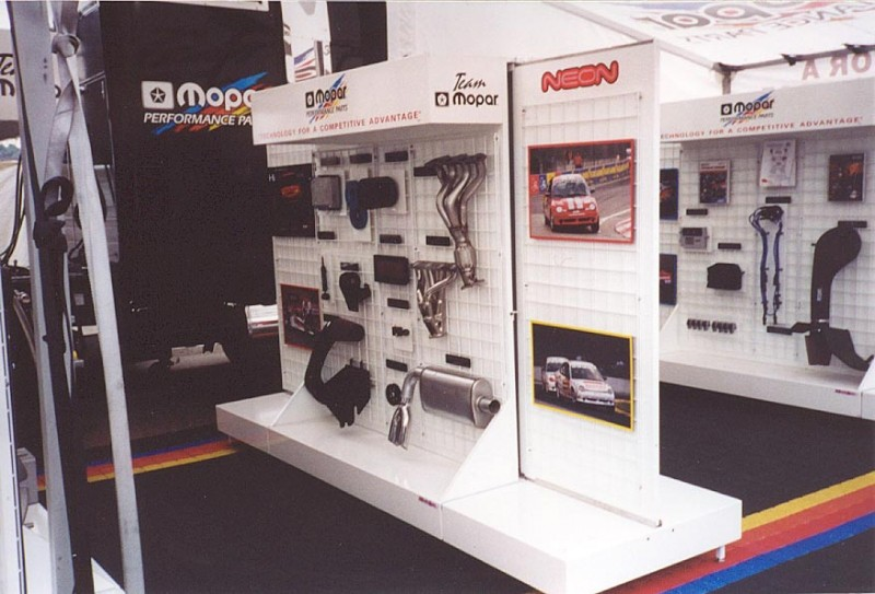 Aluminum Product Displays Custom Made For Automotive Industry