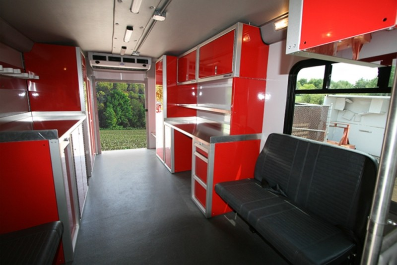 Fire Rescue Vehicle With Aluminum Cabinets & Countertop