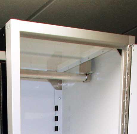 closet-pole
