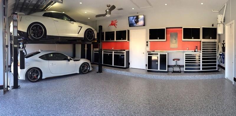 Dream Garage with Storage Cabinet Systems