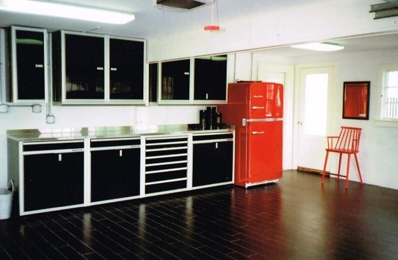 Custom & Affordable Cabinets for Garage Storage