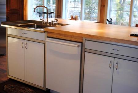 White Moduline Aluminum Storage Cabinets for Kitchen
